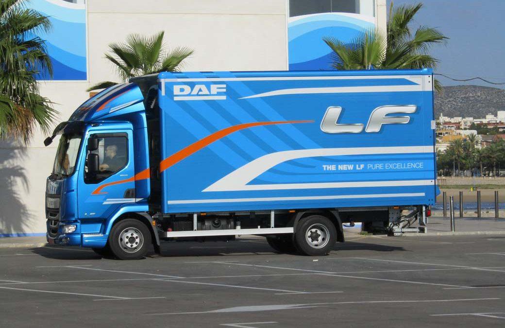 DAF LF City prestaciones de camión y maniobrabilidad de furgoneta