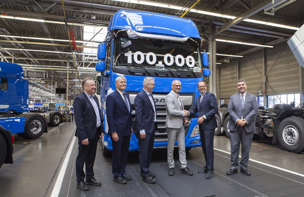 DAF Trucks alcanza el camión CF y XF número 100.000